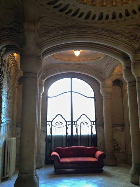 CasaSayrach_EclecticTrends_sofa