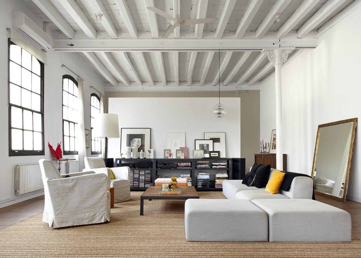 Eclectic trends barcelona style an amazing loft for - Location loft barcelone ...