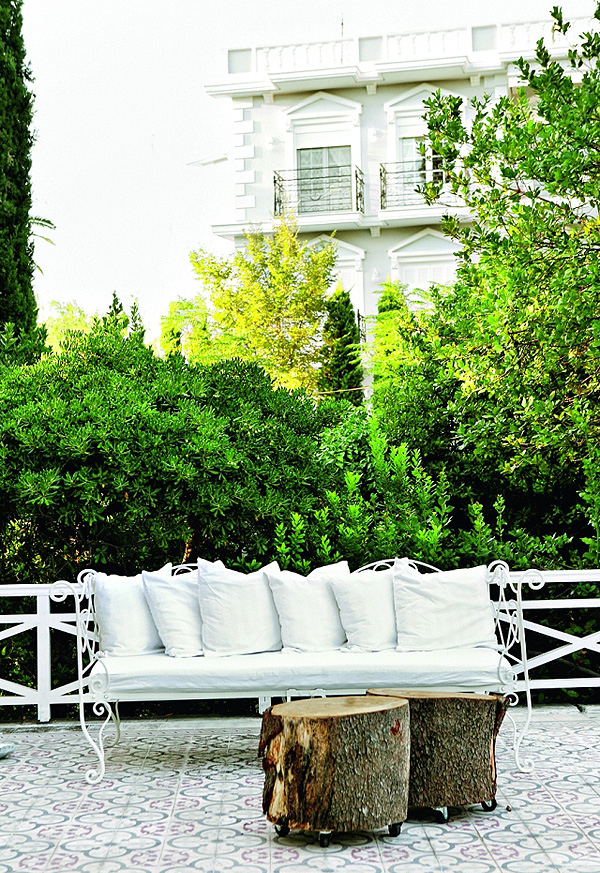 Charming_House_of_George_K_Karampella_in_Kifissia_afflante_com_13