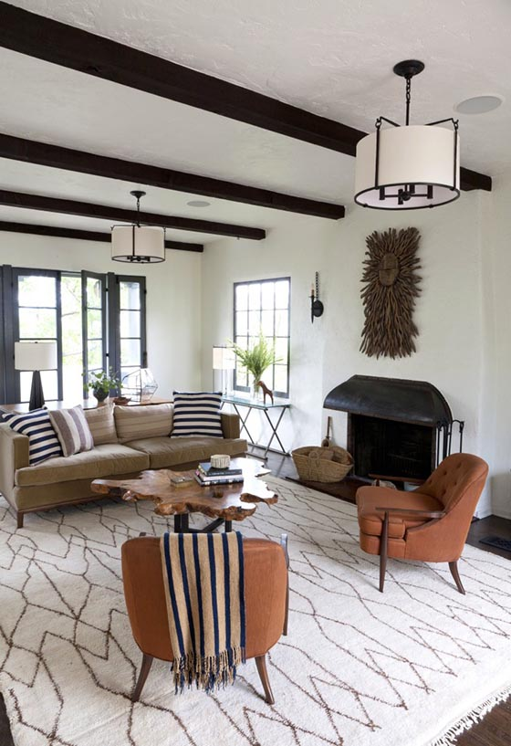 Eclectic Trends A Spanish Colonial House In La