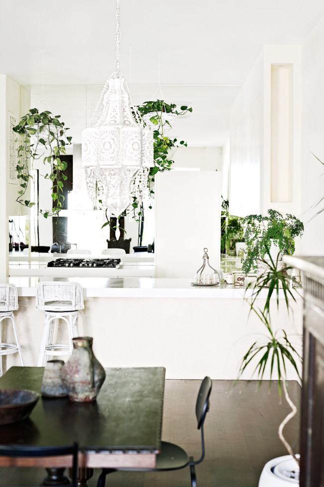 Exotic home dining | Eclectic Trends