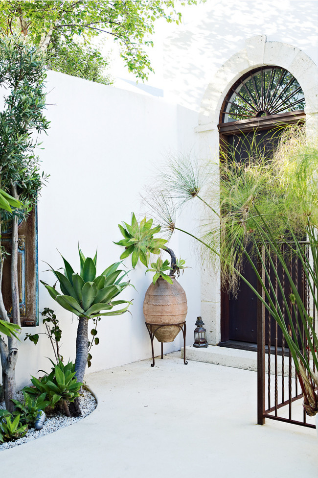 Exotic home outdoor_3 | Eclectic Trends