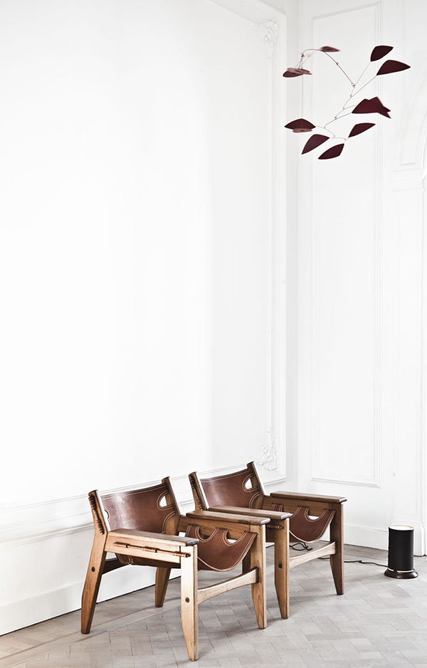 A stylish home in Antwerp_armchairs