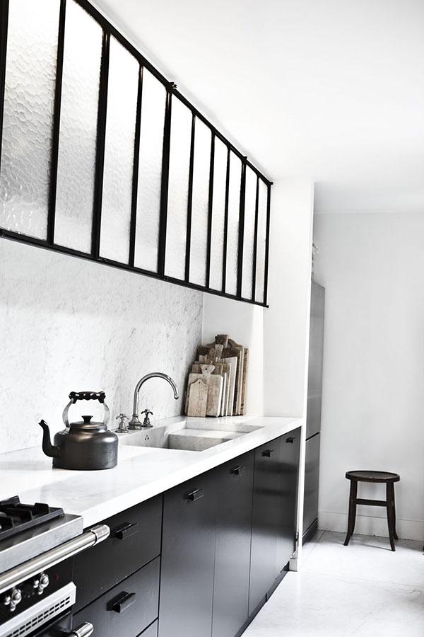 A stylish home in Antwerp_kitchen