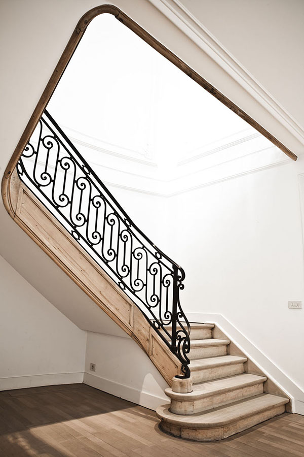 A stylish home in Antwerp_staircase