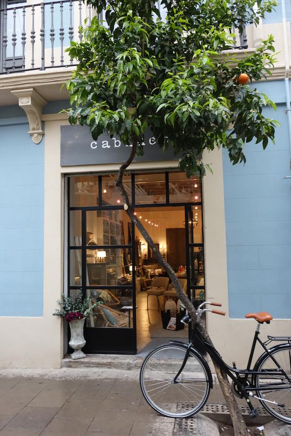 Barcelona Style CabinetBCN 1 (1)