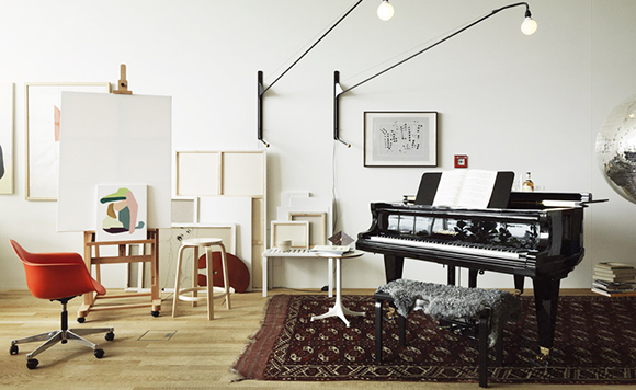 Vitra Haus Harris-easels-and-piano