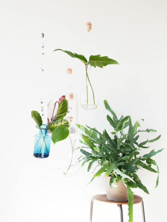 DIY floating vases