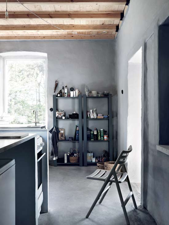 A grey farmhouse - Eclectic Trends